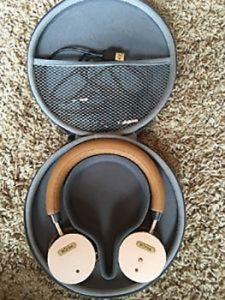 BÖHM-noise-cancelling-headphones
