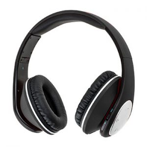 Hiemao-Bluetooth-headphones-over-ear