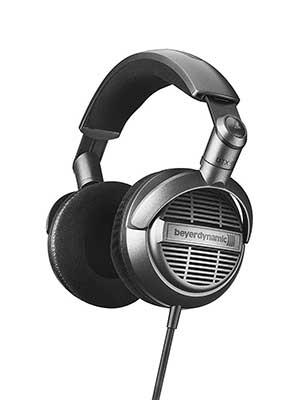 4-Beyerdynamic-DTX-910-Stereo-Headphones