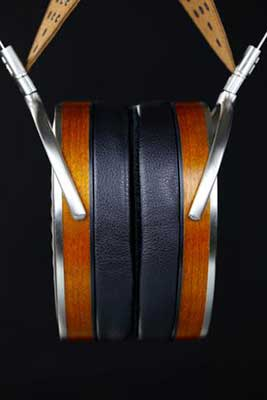 HiFiMan-HE1000---just-earcups