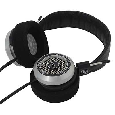 turning-earcups